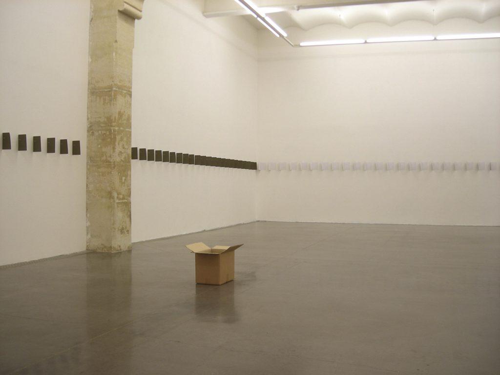 l 39 exposition des livres d 39 artistes ou son impossibilit exposition. Black Bedroom Furniture Sets. Home Design Ideas